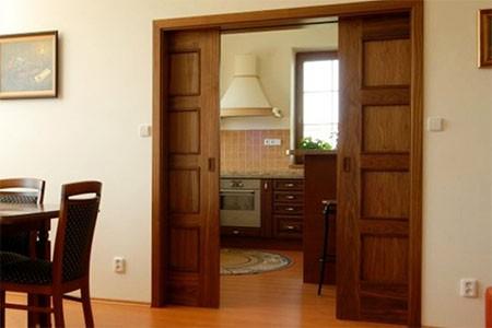Раздвижные двери и конструкции в дизайне квартиры